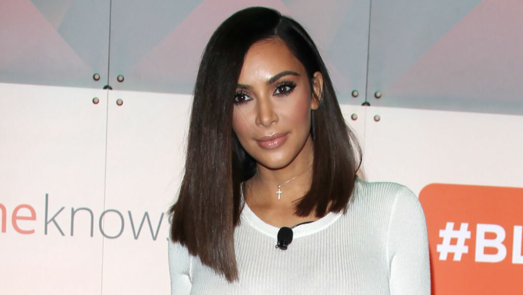 RUMPEJUKS: Kim Kardashian har en av verdens mest berømte bakdeler. Nå innrømmer realitystjerna at hun har tuklet med rumpa.  Foto: Pa Photos