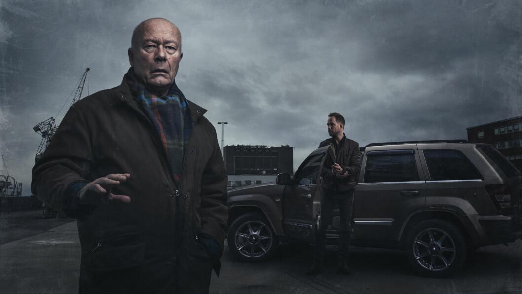 TALENTFULL: Nils Ole Oftebro har vært å se i en rekke TV-serier og teaterstykker. Han gjorde blant annet suksess med NRK-serien «Mammon». Her avbildet med skuespiller Jon Øigarden. Foto: Glenn Meling/NRK