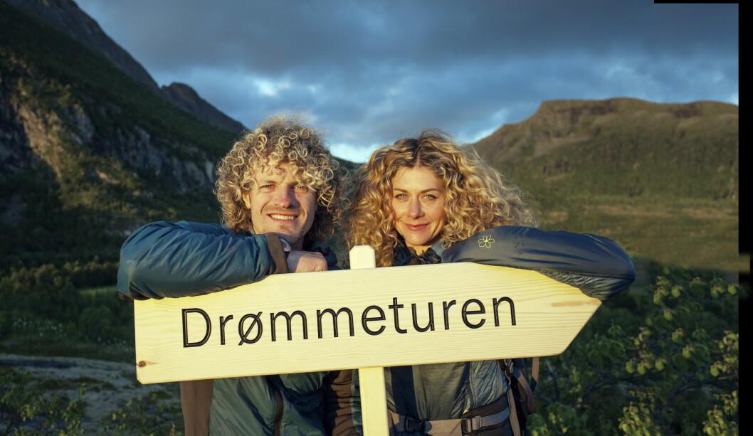 LYKKELIGE: Alexander Gamme og Cecilie Skog forelsket seg under innspillingen av TV-serien «Drømmeturen» som gikk på NRK.  Foto: Odd Arne Olderbakk/NRK