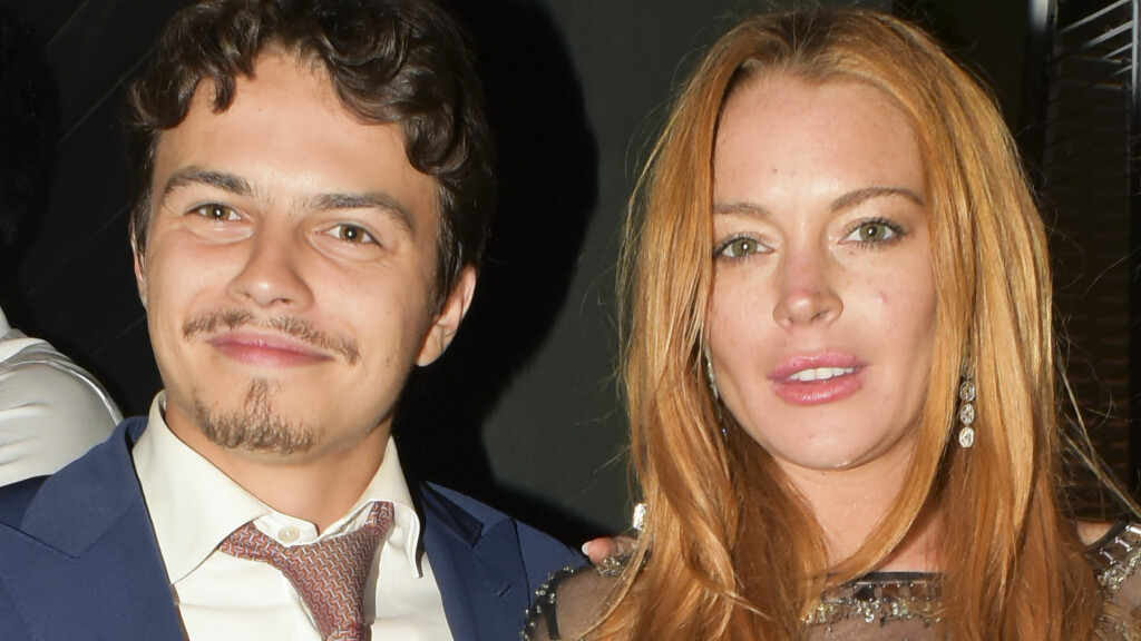 FORLOVET: Til tross for anklager om fysisk vold har fremdeles ikke Lindsay Lohan brutt forlovelsen med Egor Tarabasov. Foto: Splash News