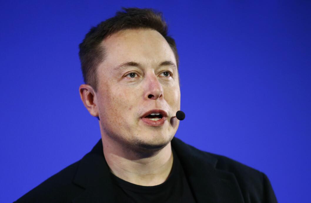 NY FLAMME? Amber Heard har flere ganger blitt observert sammen med millionær Elon Musk den siste tiden.  Foto: Ap