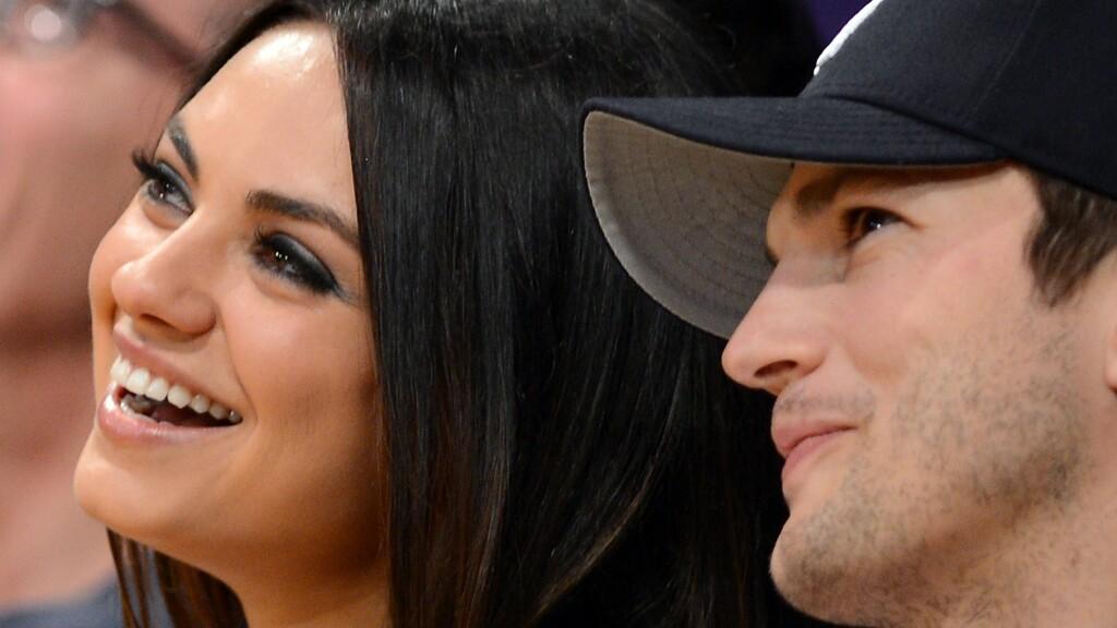 VENTER BARN: Ashton Kutcher og Mila Kunis venter sitt andre barn sammen. Men forholdet deres startet ganske overfladisk: I et ferskt intervju avslører nemlig Kunis at de to var såkalte «venner med fordeler» før de ble kjærester. Foto: Scanpix