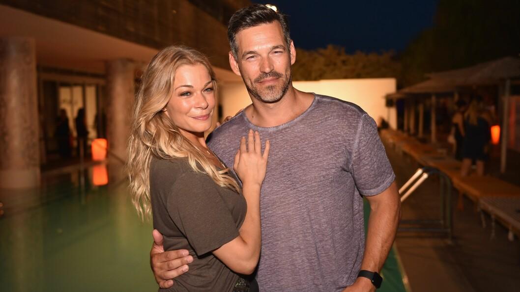 <strong>LYKKELIG GIFT:</strong> LeAnn Rimes har vært sammen med skuespilleren Eddie Cibrian siden 2009. Her er duoen fotografert sammen i Miami i fjor. Foto: Afp