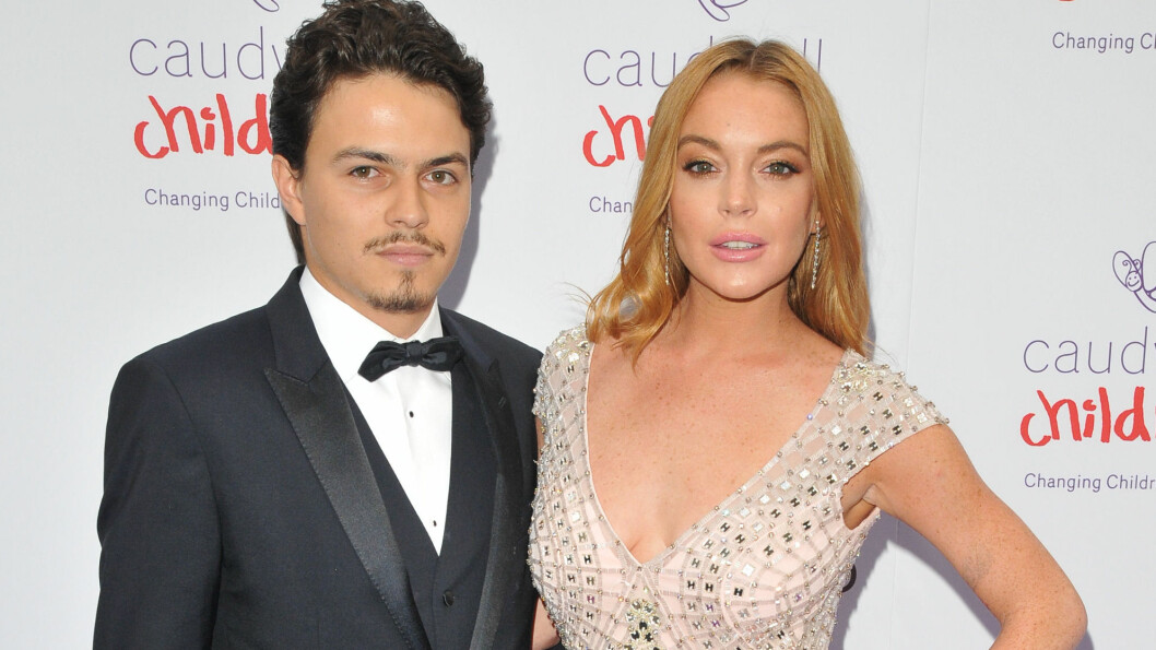 TRØBBEL I PARADIS? Sist måned viste Lindsay Lohan frem forloveden, Egor Tarabasov, på den røde løperen under eventet Caudwell Children's Butterfly Ball i London. Foto: Rex Features
