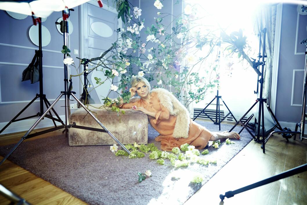 NY FOTOSHOOT: Therese Johaug pryder forsiden av Eger Magasinet. Foto: Fred Jonny/EGER Magasinet