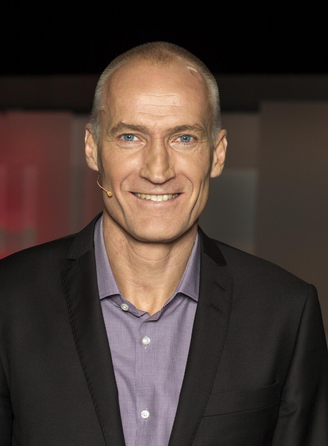 PINLIG: TV 2-profil Erik Thorstvedt har også opplevd å være på lufta uten å mene det.  Foto: Andreas Fadum