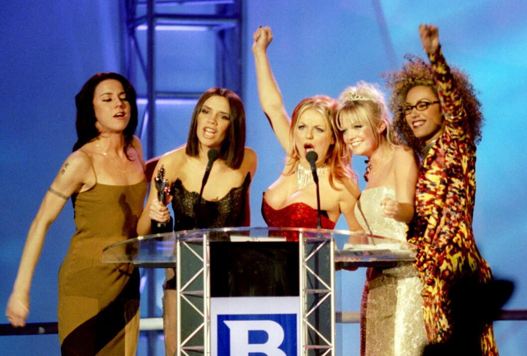 <strong>POPULÆR GRUPPE:</strong> I år er det 20 år siden jentegruppa Spice Girls hadde sitt gjennombrudd. Her er de fem jentene under Brit Awards i 1997.  Foto: REUTERS