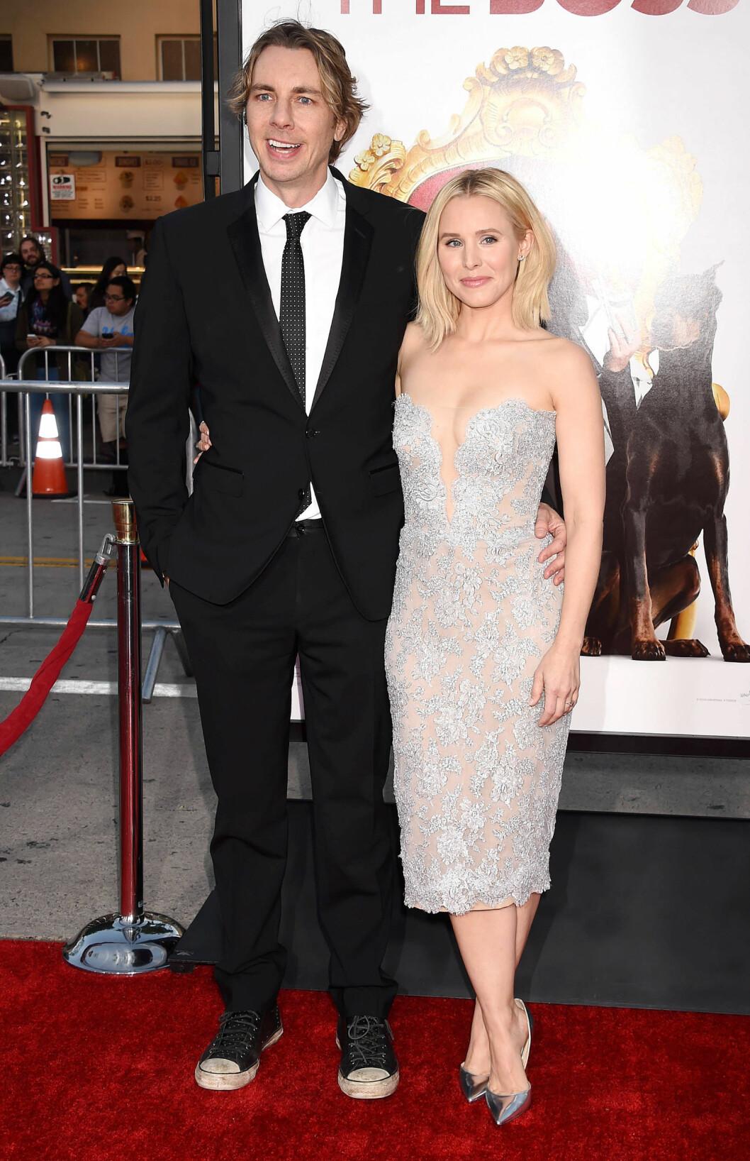GODT GIFT: Kristen giftet seg med skuespiller og komiker Dax Shepard i 2013. Paret har to barn sammen.  Foto: Broadimage
