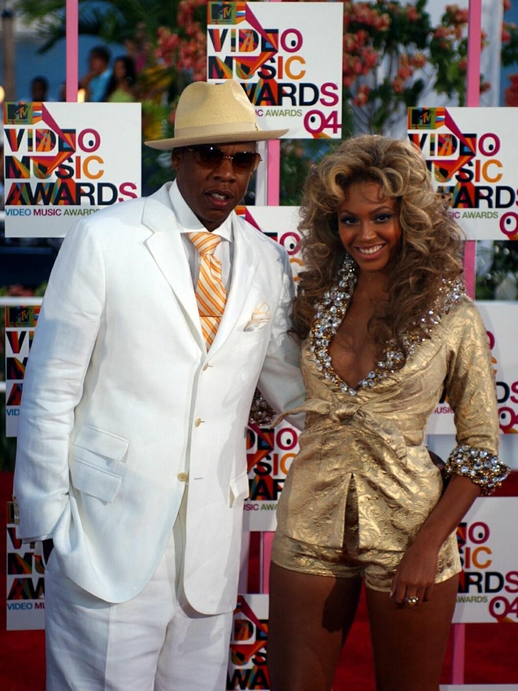 SAMMEN I TYKT OG TYNT: Stjerneparet Jay Z og Beyoncé har vært sammen i godt over ti år. Her er duoen på MTV Video Music Awards i Miami i august 2004.  Foto: Ap