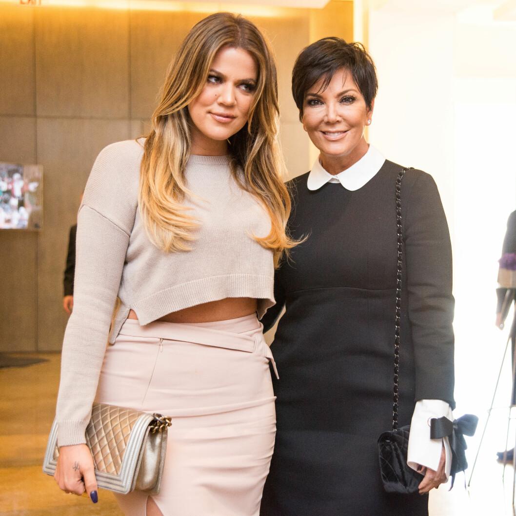 PRØVDE Å HJELPE: Kris Jenner prøvde å være fredsmegler mellom datteret Khloé (t.v) og eksmannen Caitlyn (tidligere Bruce).  Foto: SipaUSA
