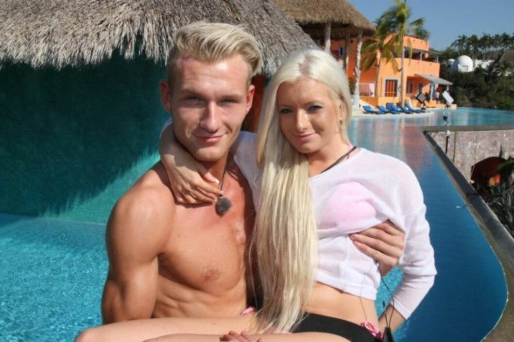 SMÅFLAU DUO: «Paradise Hotel»-paret Are B. Schanke og Iselin Michelsen bekymret seg mest for hva foreldrene deres kom til å si, da Seoghør.no møtte dem inne på skandalehotellet, dagen etter at de hadde funnet tonen foran TV3-kameraene.