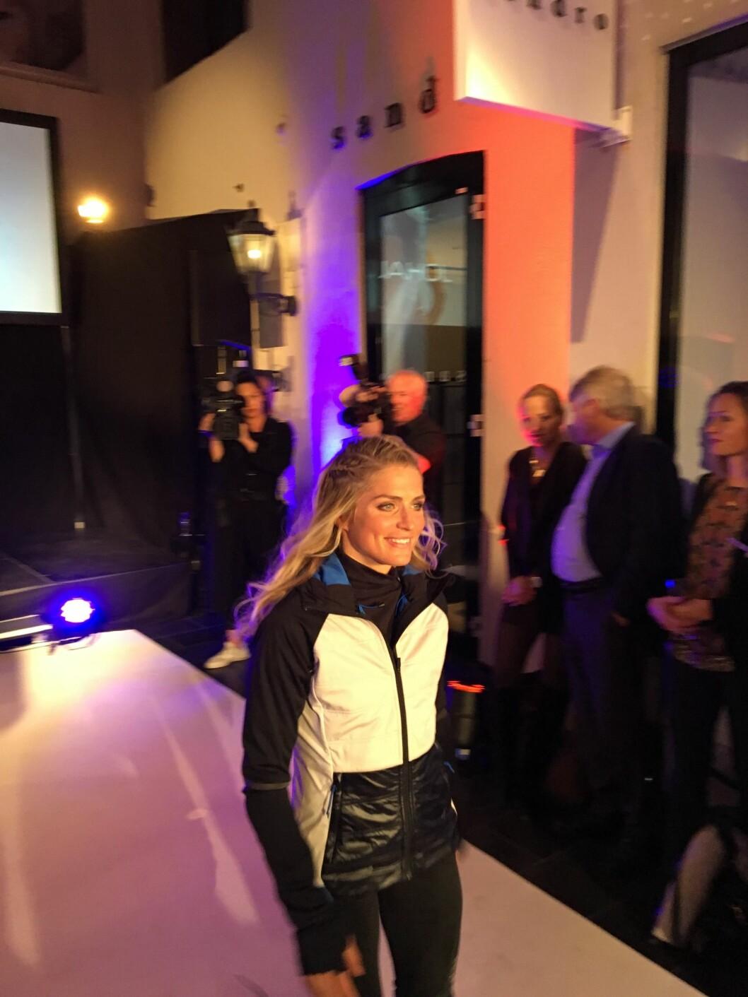 SOM MODELL: Kolleksjonen med sportsklær som Therese Johaug lanserte i november, er blitt svært populær. Hun gikk selv på catwalken under lanseringen. Foto: Se og Hør