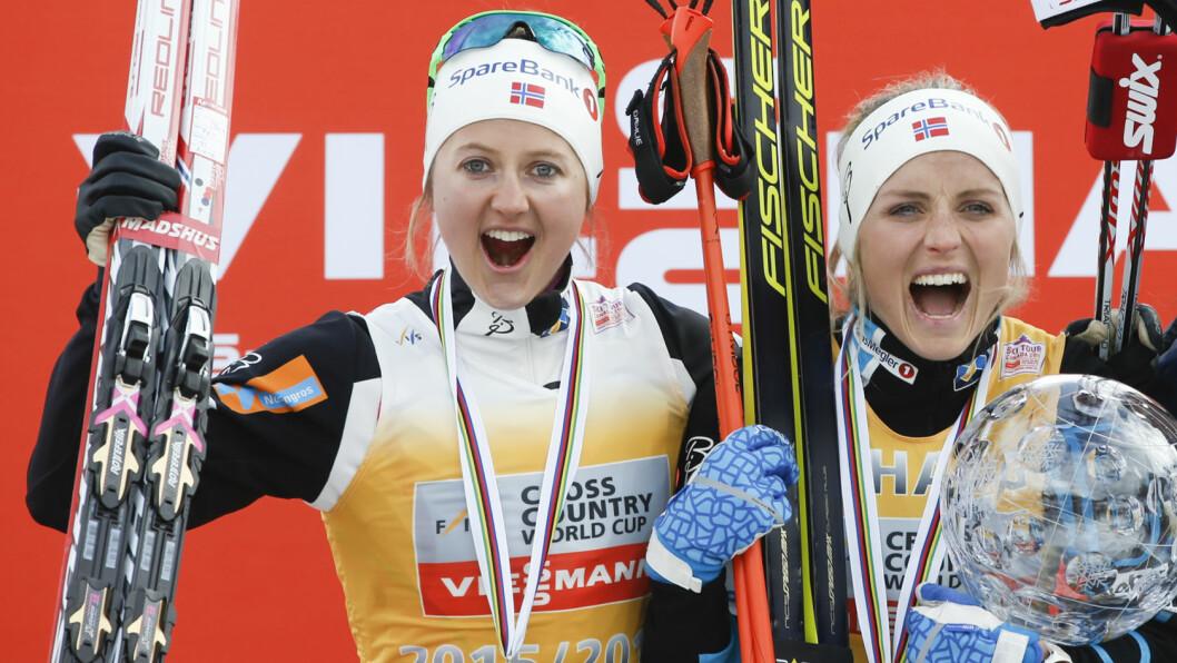 JUBEL I CANADA: Både Ingvild Flugstad Østberg og Therese Johaug kunne si seg godt fornøyde etter verdenscupavslutningen i Canada i helgen. Nå vender lagvenninnene nesen mot sydligere strøk.  Foto: NTB scanpix