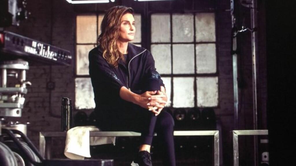 POSERER I TRENINGSTØY: Caitlyn Jenner annonserte torsdag at hun er modell i Hennes & Mauritz nye sportskampanje.  Foto: Caitlyn Jenner/Instagram
