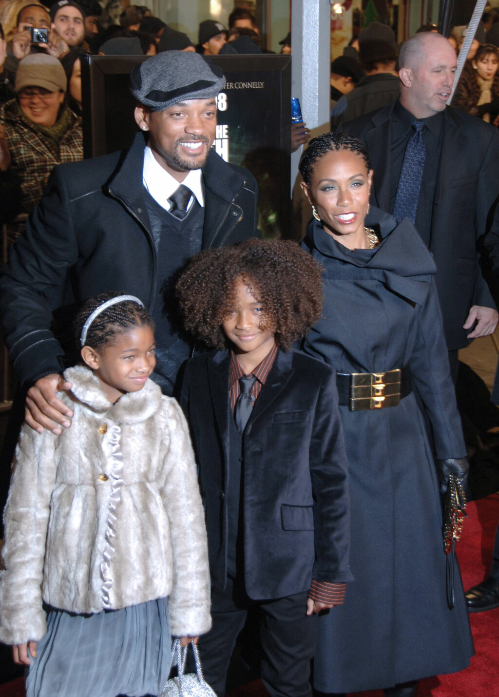 BERØMT FAMILIE: Will Smith, Jada Pinkett Smith, Willow Smith og Jaden Smith. Foto: Splash News