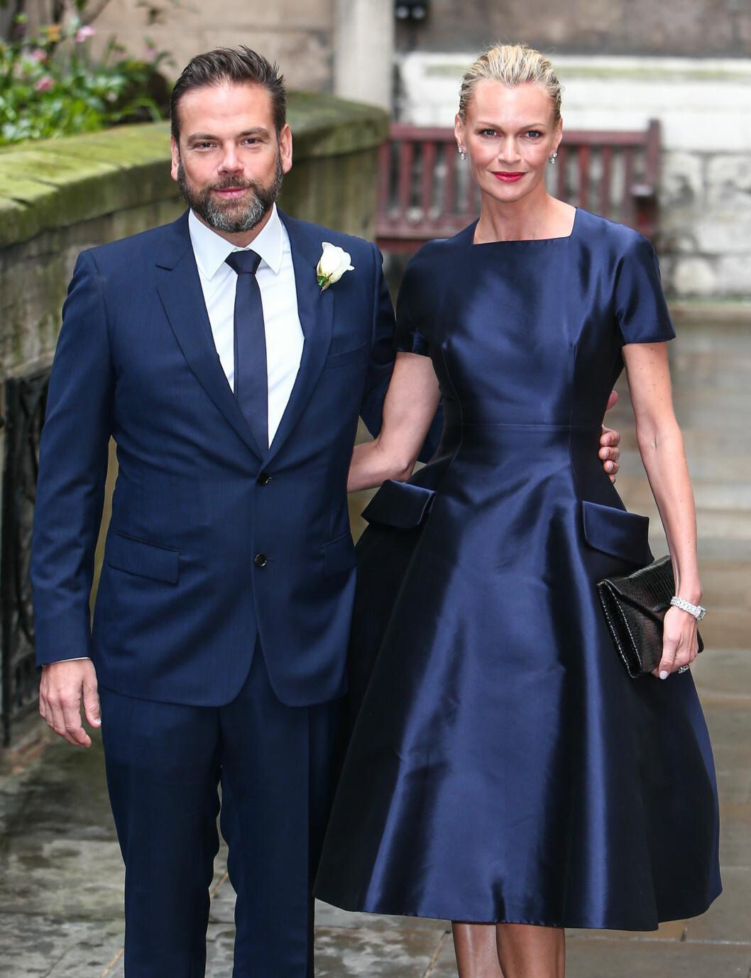 <strong>TOK MED KONA:</strong> Rupert Murdochs sønn Lachlat og kona Sarah. Foto: wenn.com