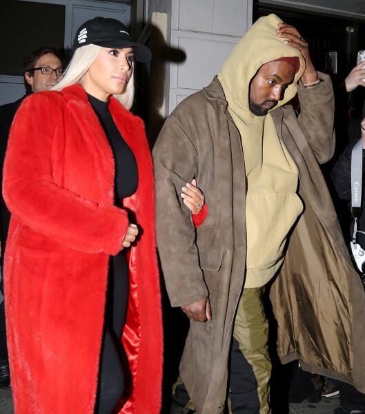 STILFULLE SMÅBARNSFORELDRE: Kim Kardashian og Kanye West ble foreldre for andre gang i desember.  Foto: Broadimage