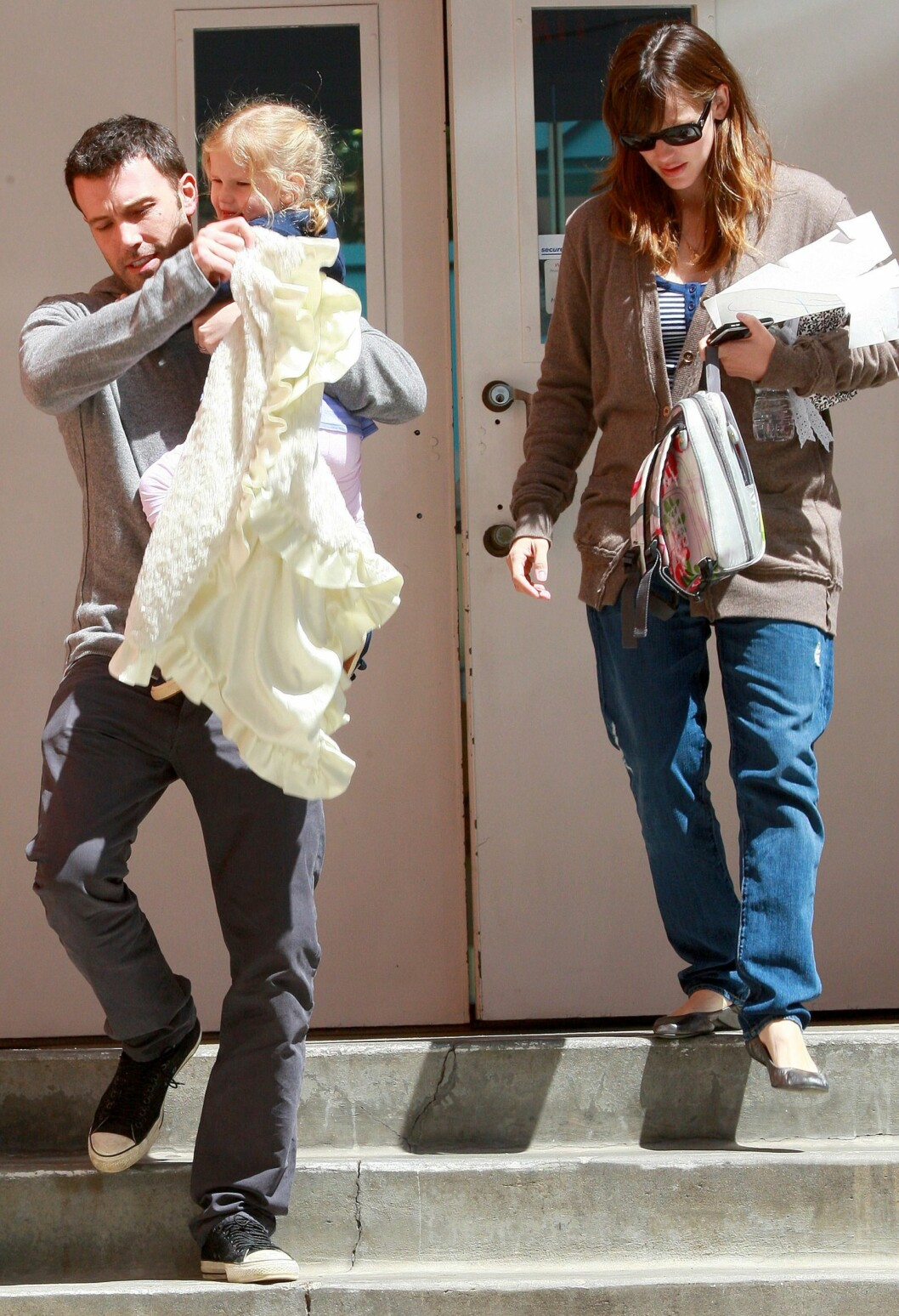 <strong>VÅREN 2009:</strong> Ben Affleck og Jennifer Garner sammen med sin førstefødte, datteren Violet.  Foto: WENN.com