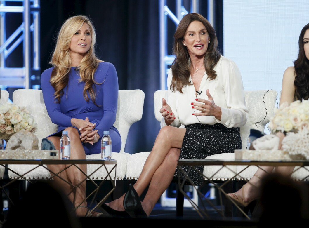 "Cast members Caitlyn Jenner (R) and Candis Cayne (L) participate in a panel for the E! Entertainment Television series ""I Am Cait"" during the Television Critics Association (TCA) Cable Winter Press Tour in Pasadena, California, January 14, 2016. REUTERS/Danny Moloshok Foto: Reuters"