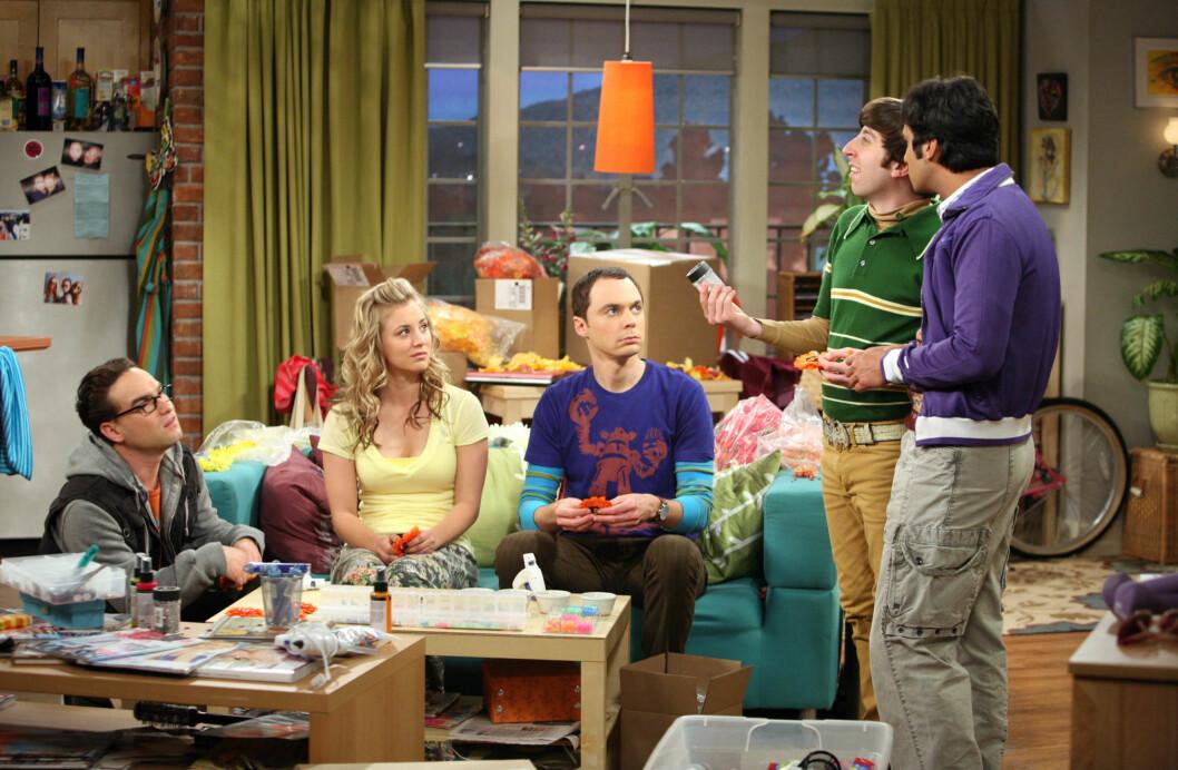KJENT SERIE: Kaley Cuoco er best kjent fra den populære TV-serien «The Big Bang Theory». Fra venstre: Johnny Galecki, Kaley Cuoco, Jim Parsons, Simon Helberg og Kunal Nayyar.  Foto: SipaUSA