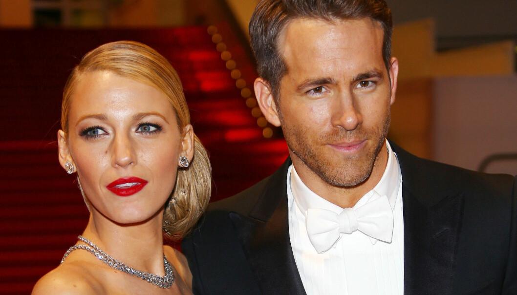 Ryan Reynolds sjekker om datteren puster om natta