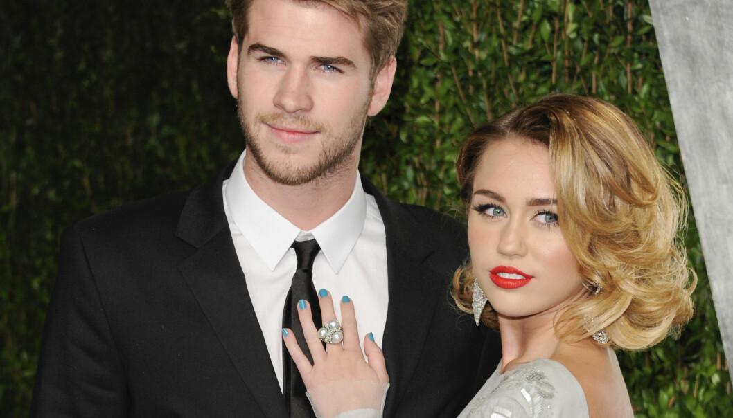 <strong>GIFTEKLARE:</strong> Til tross for krangler er Miley og Liam nå klare for å bli mann og kone. Foto: NTB Scanpix