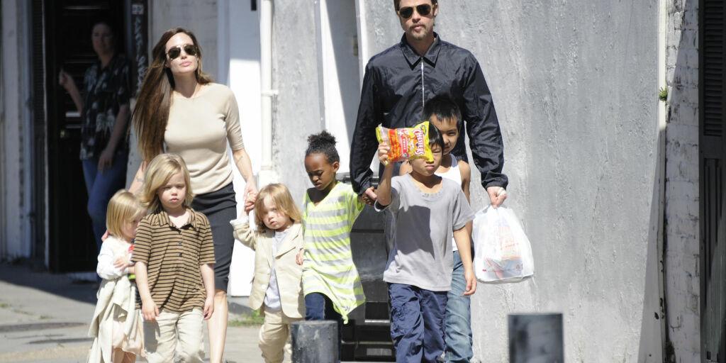 image: - Brad og Angelina har blitt foreldre igjen