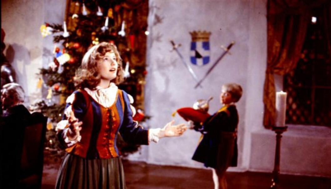VELKJENT ROLLE: I 1976 spilte Hanne Krogh den kvinnelige hovedrollen som Sonja i juleklassikeren «Reisen til julestjernen».  Foto: NRK
