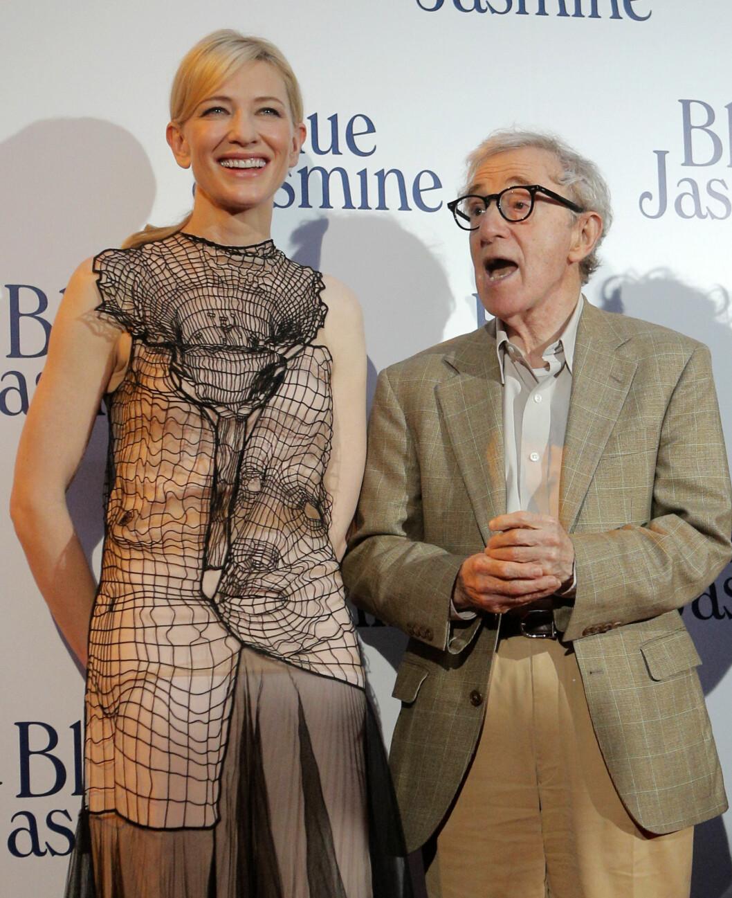 <strong>BERØMT FILMSKAPER:</strong> Woody Allen har jobbet med en rekke store filmstjerner, deriblant Cate Blanchett (t.v). Dylan Farrows anklager mot «Blue Jasmine»-regissøren har ikke fått rettslige følger for Allen.  Foto: Ap