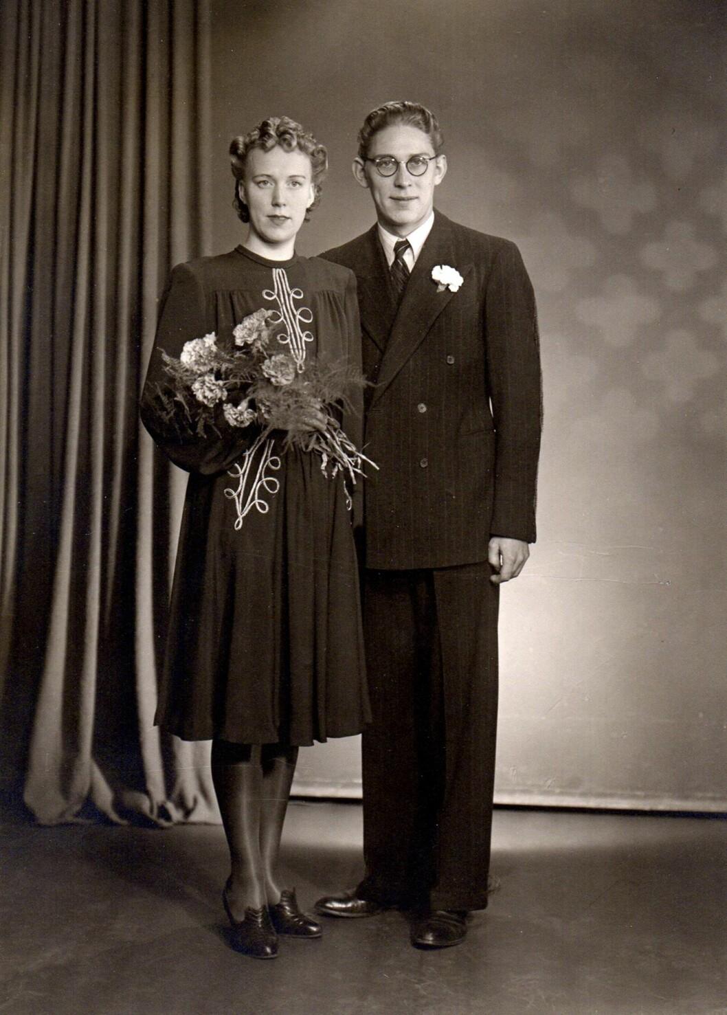GIFT UNDER KRIGEN: Christians besteforeldre, Mary og Sverre Lindegård giftet seg 22. november 1942. Bare et halvt år senere måtte de flykte til Sverige. Foto: Tor Lindseth / Se og Hør