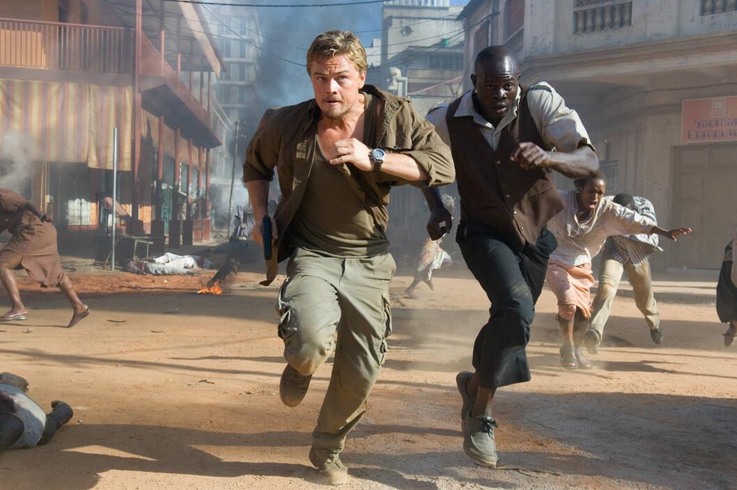 <strong>FULL FART:</strong> Vi ser ofte DiCaprio i actionfylte roller på film. Her i thrilleren &amp;amp;amp;quot;Blood Diamond&amp;amp;amp;quot; sammen med Djimon Hounsou. Foto: NTB Scanpix