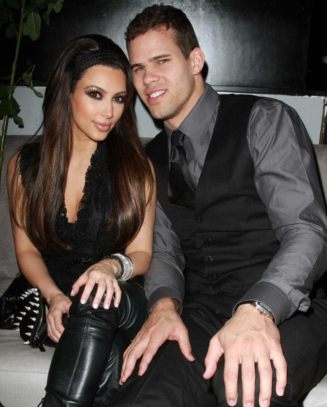 FALSK EKTESKAP: Flere kilder nær Kim Kardashian hevder hun kun giftet seg med Kris Humphries for å tjene penger og gjøre TV-serien mer populær. Kim selv har benektet påstandene. Paret var offisielt gift fra 2011 til 2013, men bruddet var et faktum kun 72 dager etter bryllupet.  Foto: wenn.com