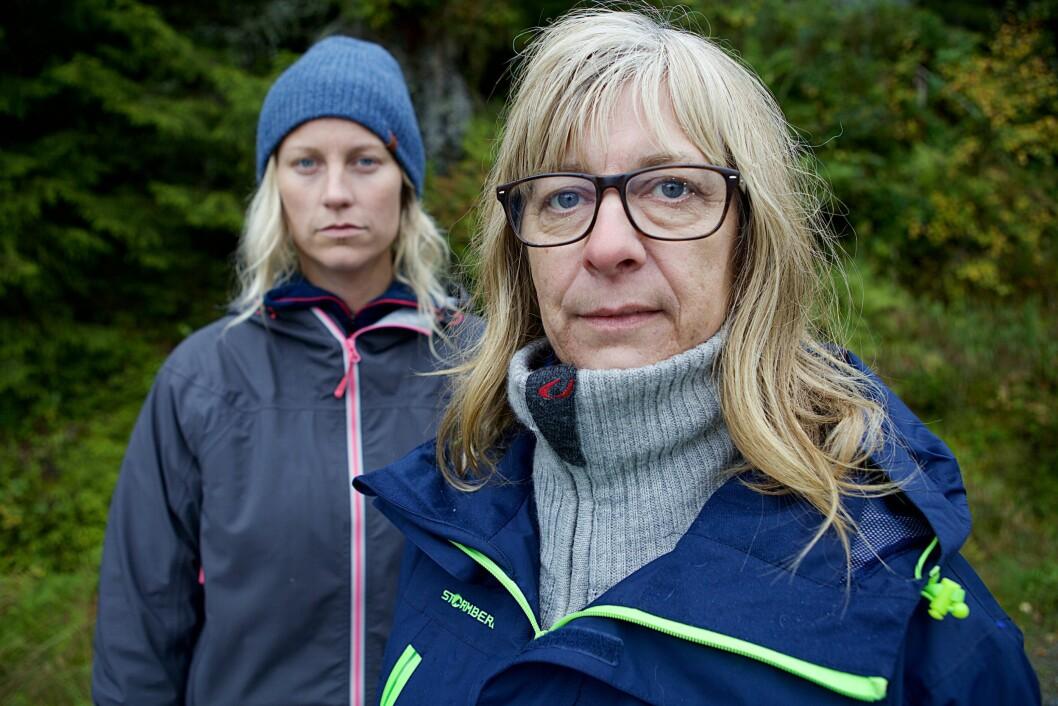 FÅTT NEGATIVE KOMMENTARER: Dahl (til venstre) har fått negativ oppmerksomhet etter Farmen-oppholdet. Her er hun avbildet med Marit Fiskum, som hun tidligere slo ut i en duell. Foto: TV 2