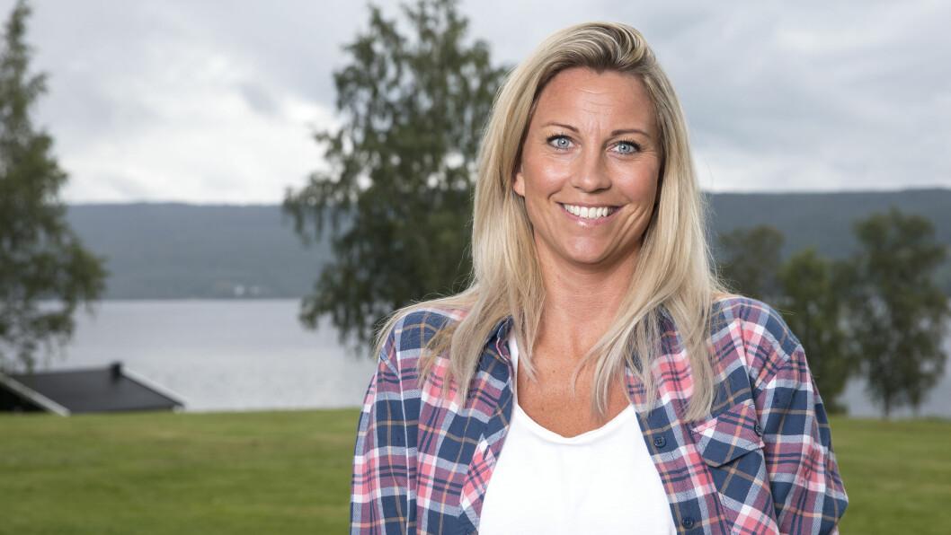 LYKKEN SMILER: Farmen-deltager Silje Dahl sier hun ikke er singel lenger. Foto: Andreas Fadum, Se og Hør