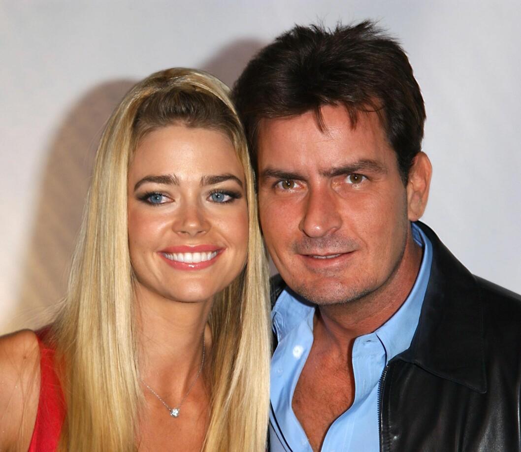 <strong>ANNERLEDES:</strong> Denise Richards var gift med Sheen i fire år og paret fikk to barn sammen. Hun mener Charlie var annerledes da de var sammen og at han var edru i fire år.  Foto: Ap