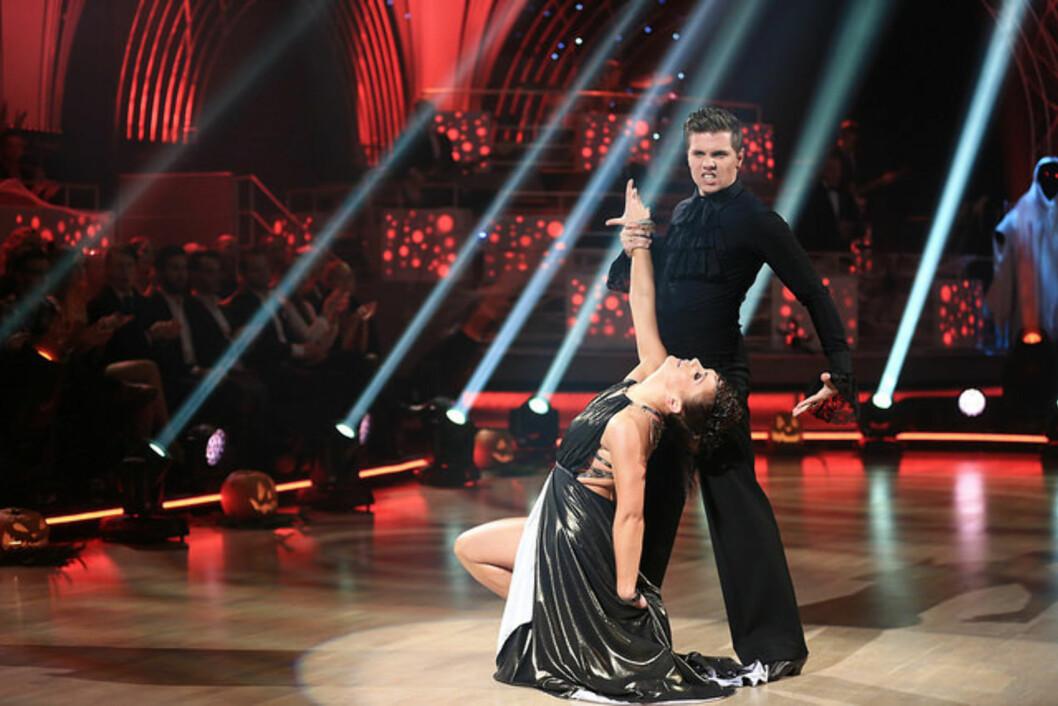 I DUELL: Samuel Massie havnet i danseduell med Katarina Flatland.  Foto: Thomas Reisæter/TV 2