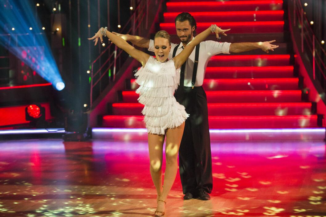 TV-SUKSESS: Egor Filipenko har danset kjendiser til seier i «Skal vi danse» flere ganger. Her er han med dansepartner og artist Agnete Kristin Johnsen, som stakk av med seieren i fjor.  Foto: NTB scanpix