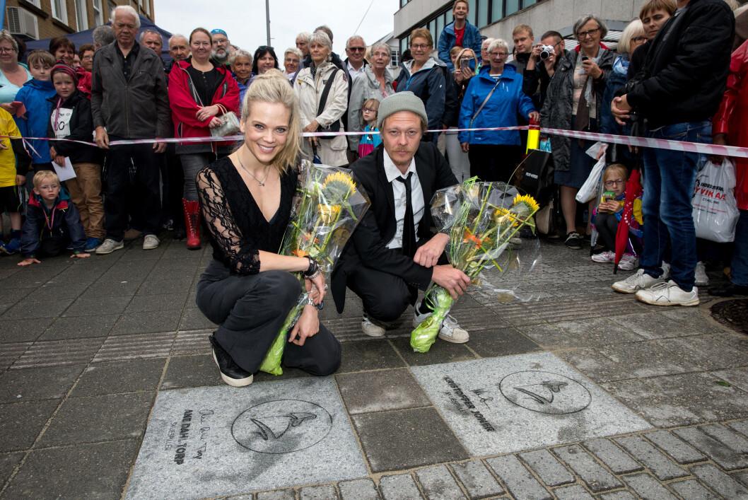 STOR ÆRE: Tidligere denne måneden ble Ane Dahl Torp og Kristoffer Joner de første som fikk æren av en plass på Haugesunds helt egne «Walk of Fame» Foto: Andreas Fadum, Se og Hør