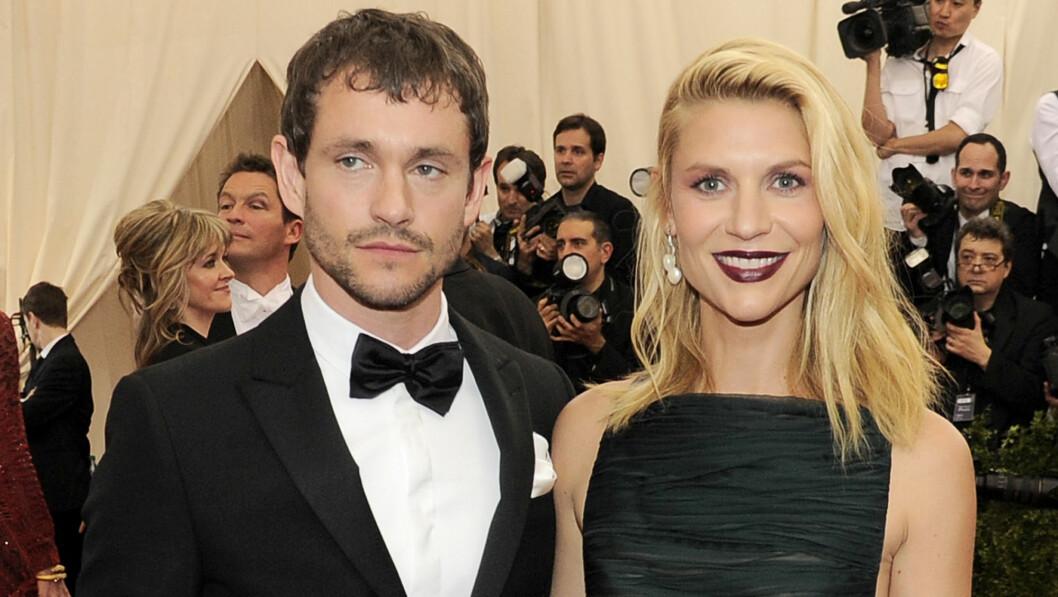 LYKKELIG GIFT: Claire Danes har vært gift med skuespilleren og modellen Hugh Dancy siden 2009. Tre år senere fikk de sønnen Cyrus sammen.    Foto: NTB Scanpix