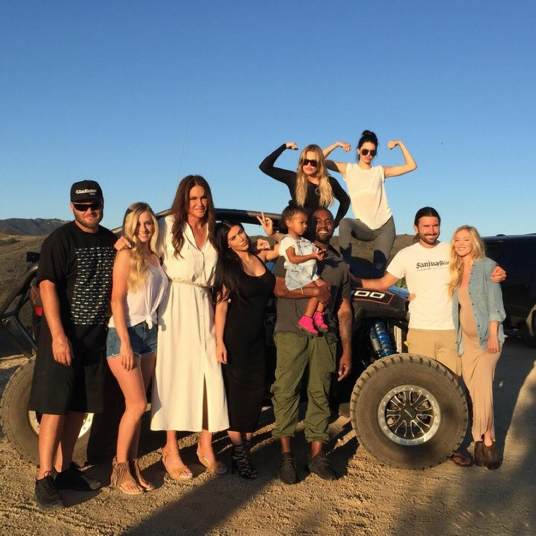 LYKKELIG: Caitlyn Jenner feiret farsdag med hele familien. Han har flere ganger åpnet seg rundt støtten han har mottatt fra barna.  Foto: NTB scanpix