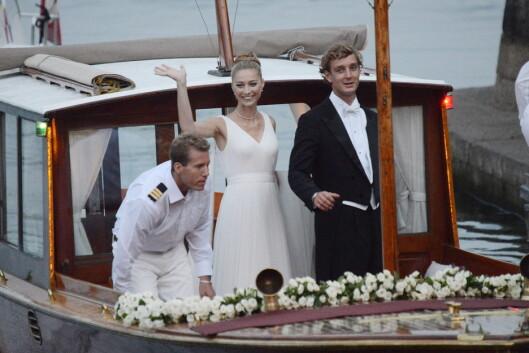 <strong>NYGIFT:</strong> Her ankommer det vakre brudeparet Rocca d&amp;amp;amp;amp;amp;amp;amp;amp;#039;Angera. Foto: Splash News