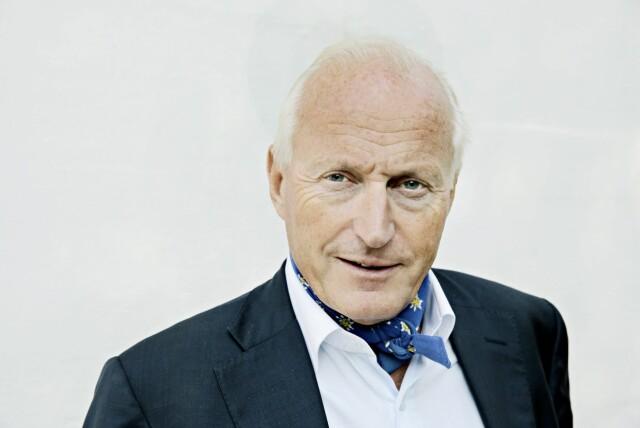 75dcb468 TØRKLE: Eiendomsinvestor og kunstmesén Christian Ringnes går alltid med  tørkle. Foto: NTB Scanpix