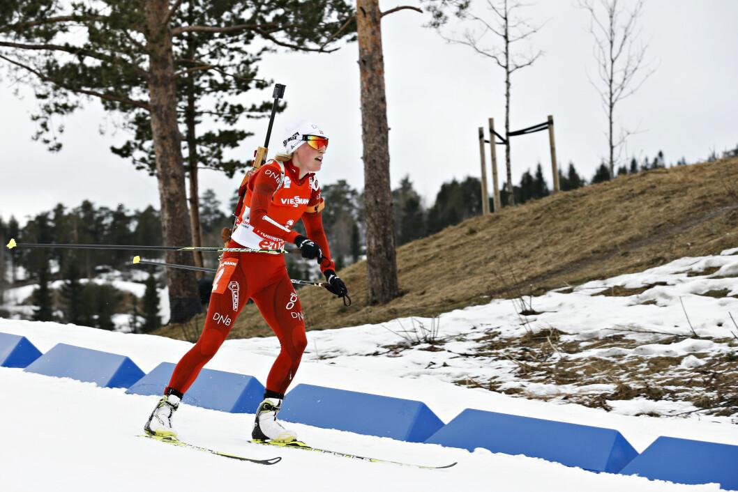 GULLVINNER: Tora Berger ble en av Norges beste kvinnelige skiskyttere gjennom tidene i løpet av sin karriere. Her er hun i aksjon i Holmenkollen i 2014. Foto: NTB scanpix