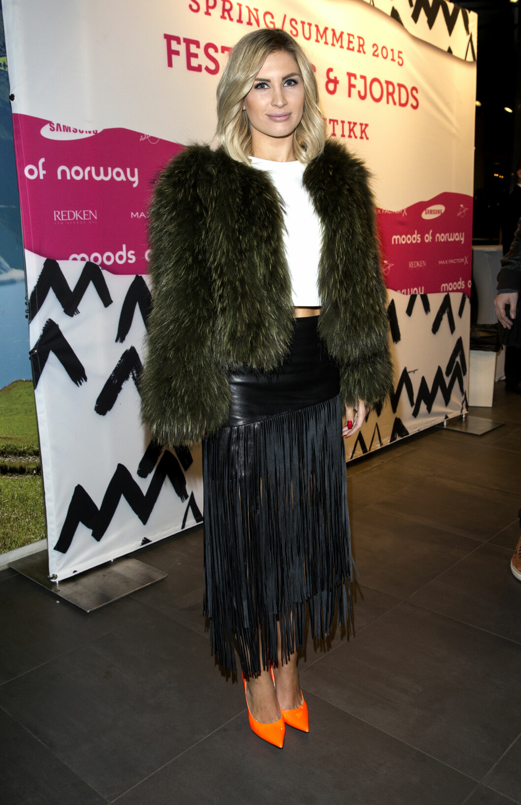 STILIG: Louise Angelica er både stylist og blogger, og dukker alltid opp i moteriktige antrekk. Her er hun på Moods of Norway-fest tidligere i år. Foto: Andreas Fadum