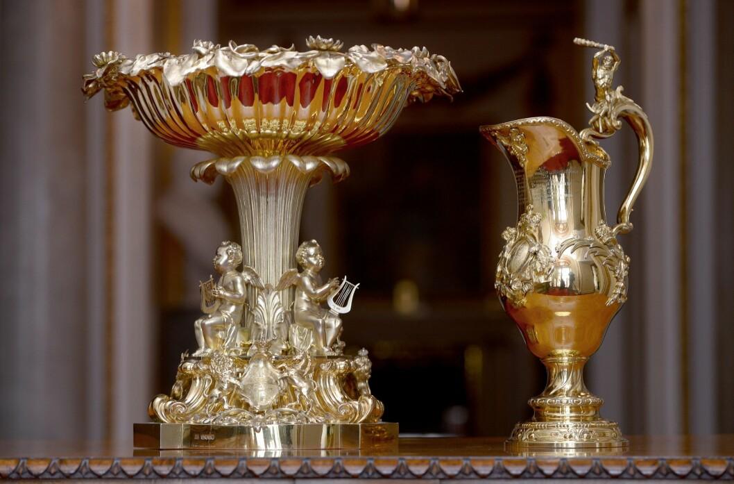 LANG HISTORIE: Den svært forseggjorte døpefonten er blitt brukt i samtlige kongelige dåpsseremonier, med unntak av prinsesse Eugenies, de siste 175 årene.   Foto: Pa Photos