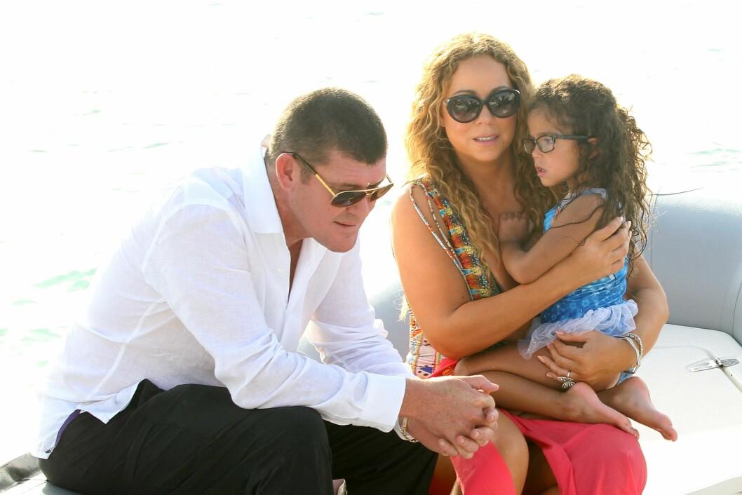 FÅR VÆRE MED BARNA: Til tross for at forholdet mellom Carey og Packer er ganske nytt, har han fått lov til å møte barna hennes. Her med datteren Morrocan.  Foto: NTB Scanpix