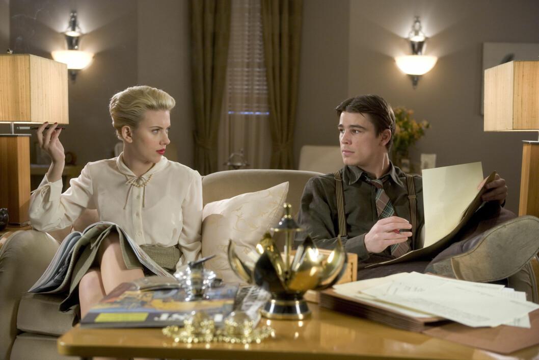 FILMSTJERNE: Josh Hartnett og Scarlett Johansson i thrilleren The Black Dahlia fra 2006. Paret forelsket seg under innspillingen. Foto: NTB Scanpix