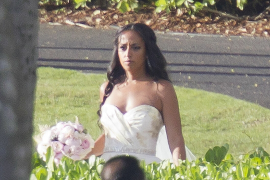 HVIT BRUD: Chudney Ross giftet seg på Maui søndag. Foto: Splash News