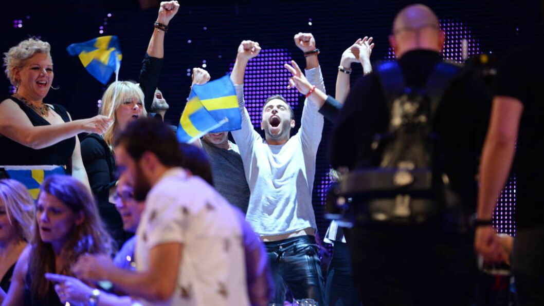 TIL TOPPS: Måns Zelmerlöw kunne glede seg over å gå til topps i Eurovision Song Contest med låten «Hero». Foto: All Over Press
