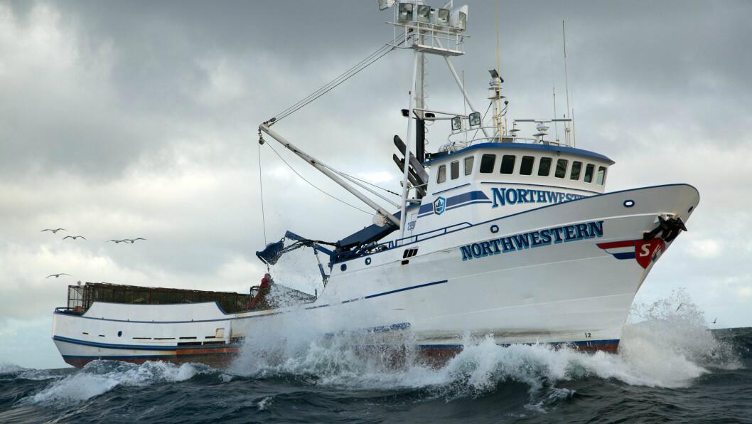 NORTHWESTERN: Krabbefiskebåten Northwestern er stasjonert i Seattle og fisker krabbe i Beringstredet. Kong Harald fikk se båten på nært hold under USA-besøket. Foto: Discovery Channel